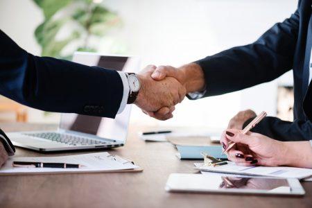 Definicja programu partnerskiego. Czy to dobry pomysł na zarabianie?